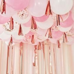 Plafond de 160 ballons - Rose, blanc, or rose et tassels