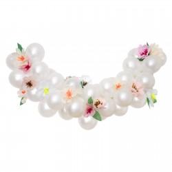 Kit arche de ballons - Blanc et fleurs